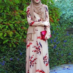 Dresses & Skirts - Modest fashion red and brown long dress